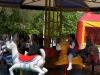 У Бахмуті весело та яскраво пройшло відкриття сезону роботи міського парку атракціонів.