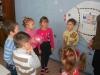 Педагоги дитячого садка №55 «Ведмежатко» м.Артемівська приділяють значну увагу питанням розвитку емоційно-вольової сфери вихованців. В роботі з дітьми активно використовуються ігрові технології, пісочна терапія, арт-терапія, тощо.
