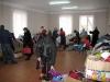 Артемівський міський центр соціальних служб для сім`ї, дітей та молоді спільно з управлінням молодіжної політики та у справах дітей продовжує видавати гуманітарну допомогу сім'ям із зони АТО, які опинились в складних життєвих обставинах.