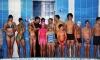 Вихованці Бахмутського центру туризму, краєзнавства та екскурсій змагаються у плаванні.